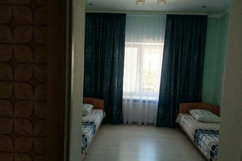 Уютный дом с большим двором, 120 кв.м. на 11 человек, 5 спален, Юго-западный, 1, Судак - Фотография 4