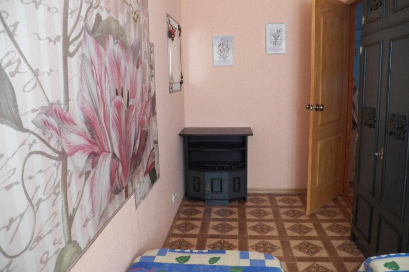 Частный дом с отдельными входами и своими кухнями, Советская улица, 30/23 на 2 комнаты - Фотография 25