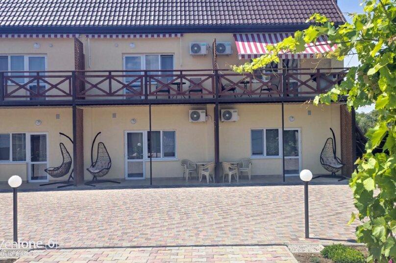 """Гостевой дом """"Таурика"""", Подгорная улица, 16А на 6 комнат - Фотография 2"""