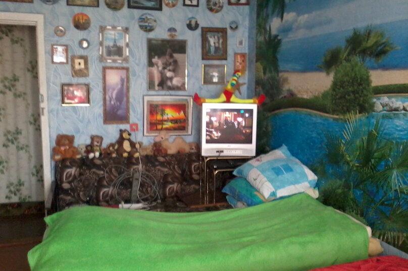 2-комн. квартира, 59 кв.м. на 6 человек, улица Сырникова, 30, Мирный, Крым - Фотография 4