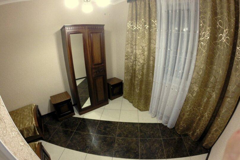 """Гостевой дом """"Planeta MOV"""", Изумрудная улица, 34 на 16 комнат - Фотография 37"""