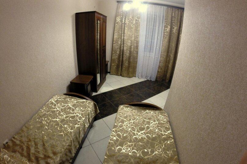 """Гостевой дом """"Planeta MOV"""", Изумрудная улица, 34 на 16 комнат - Фотография 39"""