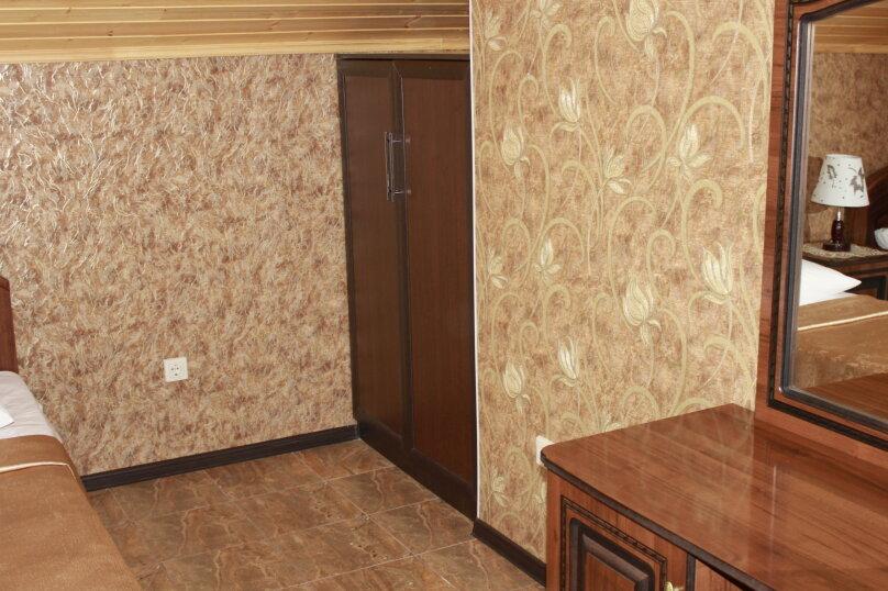 """Гостевой дом """"Planeta MOV"""", Изумрудная улица, 34 на 16 комнат - Фотография 23"""
