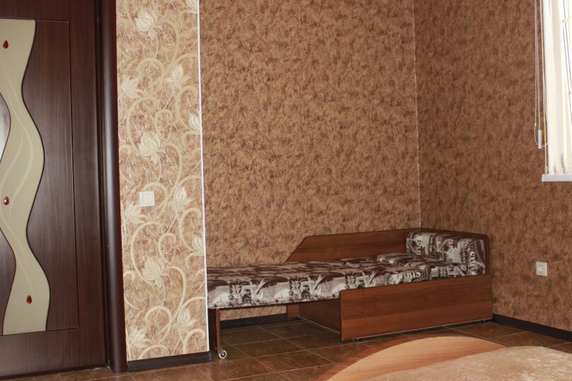 """Гостевой дом """"Planeta MOV"""", Изумрудная улица, 34 на 16 комнат - Фотография 24"""