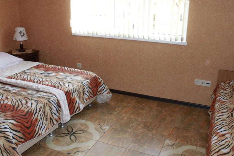 """Гостевой дом """"Planeta MOV"""", Изумрудная улица, 34 на 16 комнат - Фотография 27"""