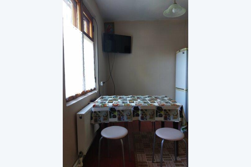 Сдается дом трех комнатный находится в историческом центре города Евпатория, 68 кв.м. на 7 человек, 3 спальни, Назаровская улица, 5А, Евпатория - Фотография 10