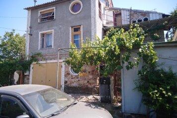 """Гостевой дом """"На Нижнем переулке, 5-Б"""", Нижний переулок, 5-Б на 5 комнат - Фотография 1"""