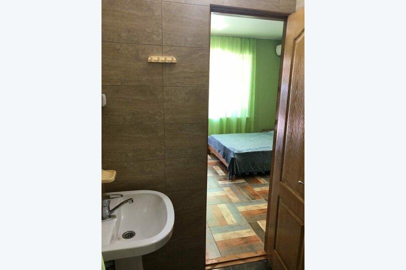 "Гостевой дом ""Олива"", улица Истрашкина, 22б на 6 комнат - Фотография 29"