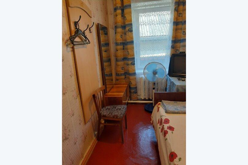Гостевой дом Наталий, Киевская улица, 32 на 8 комнат - Фотография 18