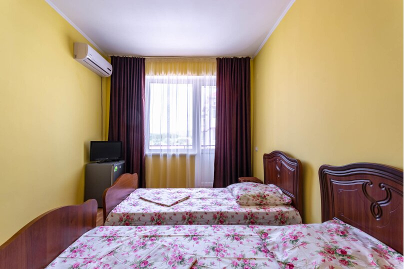 Стандартный трехместный номер, Приморская улица, 24, Лермонтово - Фотография 3