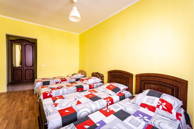 Четырёхместный номер с балконом, Приморская улица, 24, Лермонтово - Фотография 2