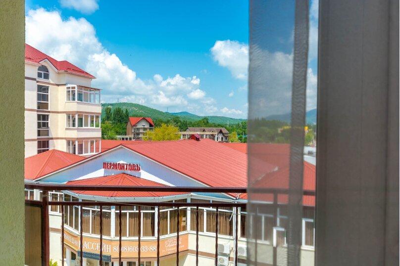 Четырёхместный номер с балконом, Приморская улица, 24, Лермонтово - Фотография 5