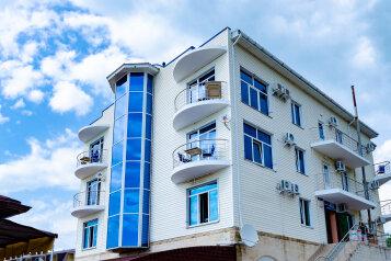 """Гостиница """"Баязет"""", Морская улица, 39Б на 29 номеров - Фотография 1"""