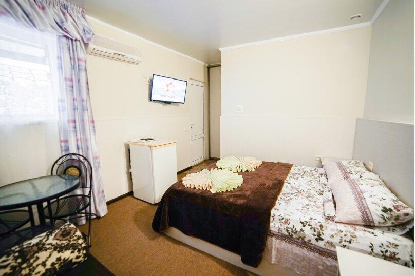 """Гостевой дом """"Морская звезда"""", Краснозеленых, 25А на 10 комнат - Фотография 43"""