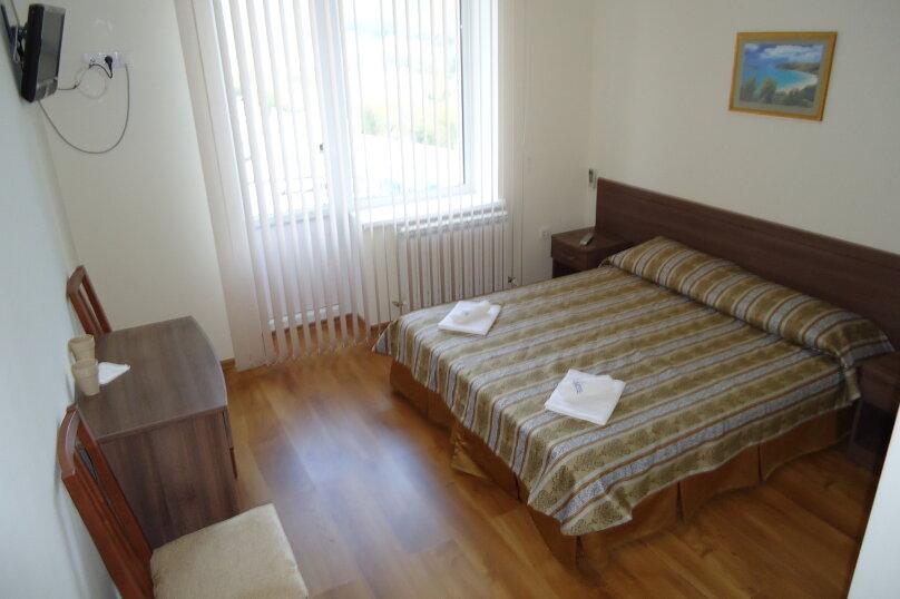 """Гостевой дом """"Ларус"""", улица Ленина, 141 на 20 комнат - Фотография 9"""