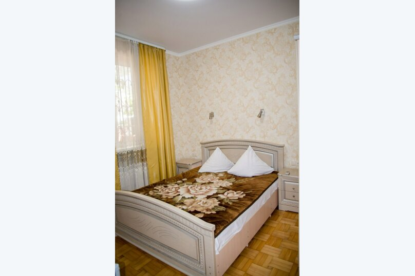 """Гостевой дом """"Кариота"""", улица Мира, 21А на 6 комнат - Фотография 105"""