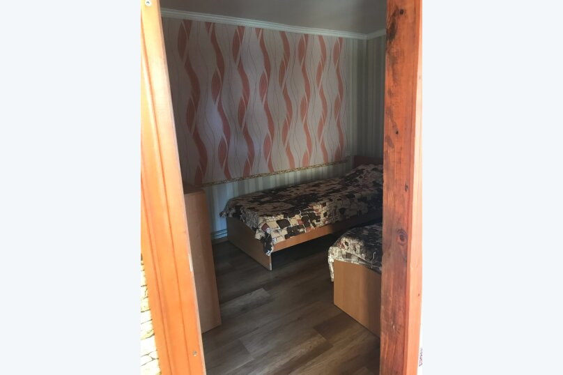 """Гостевой дом """"Отдых у Ирины"""", Кооперативная улица, 55 на 8 комнат - Фотография 17"""