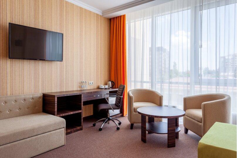 Отель «Marton Palace», улица Мира, 70 на 60 номеров - Фотография 97