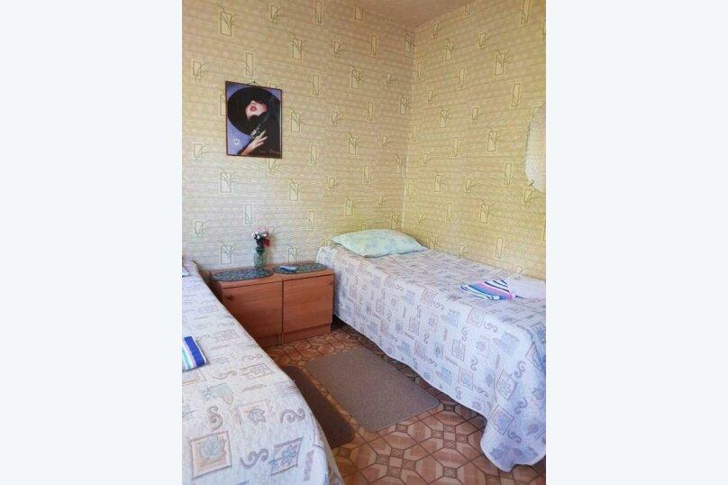 2-х местный номер на первом этаже с балконом, улица Челюскинцев, 109а, Севастополь - Фотография 33