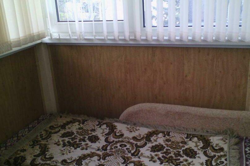 1-комн. квартира, 28 кв.м. на 4 человека, 50 лет октября, 6, Алушта - Фотография 2