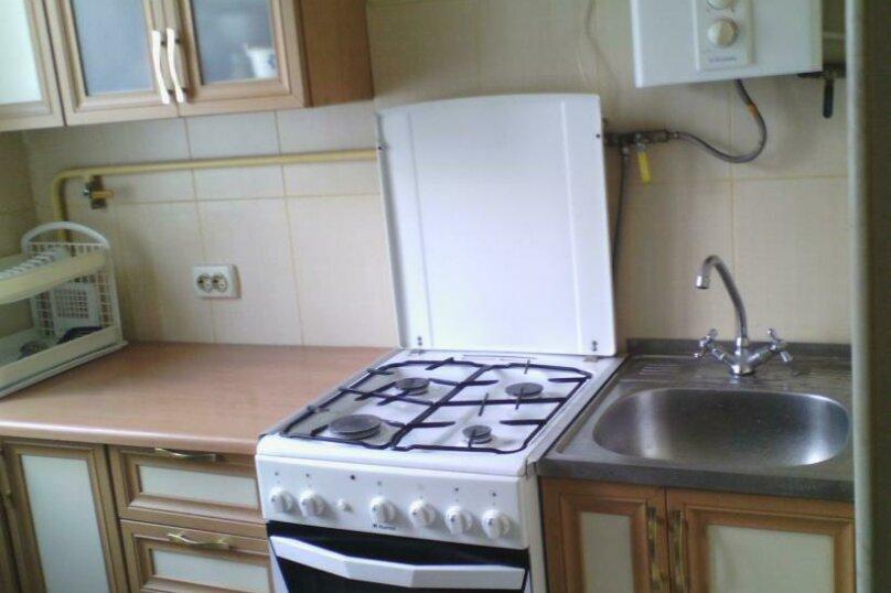 1-комн. квартира, 28 кв.м. на 4 человека, 50 лет октября, 6, Алушта - Фотография 4