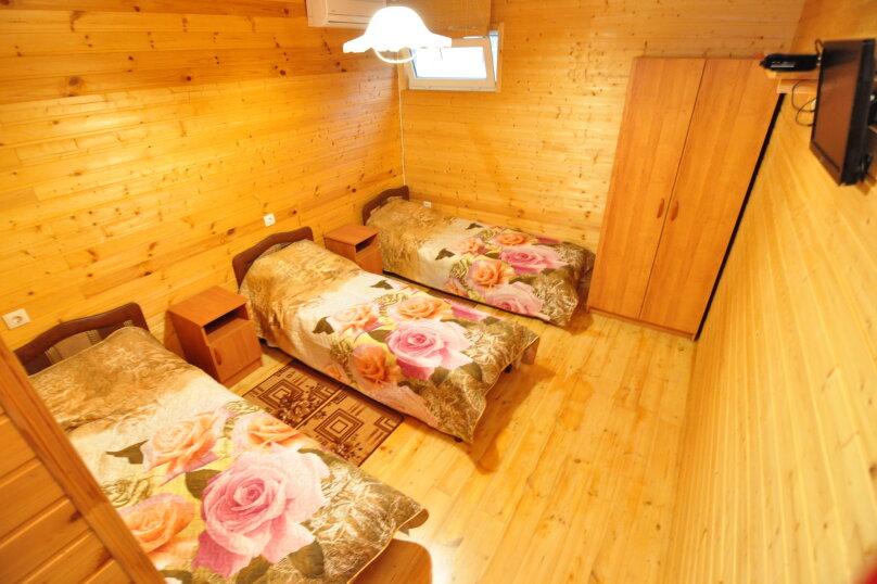 Отдельная комната, Таманский проезд, 11, село Сукко - Фотография 1