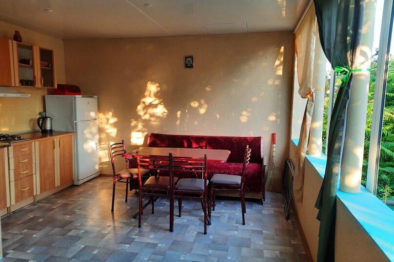"""Гостевой дом """"У Оксаны"""", Строительная улица, 27 на 5 комнат - Фотография 27"""