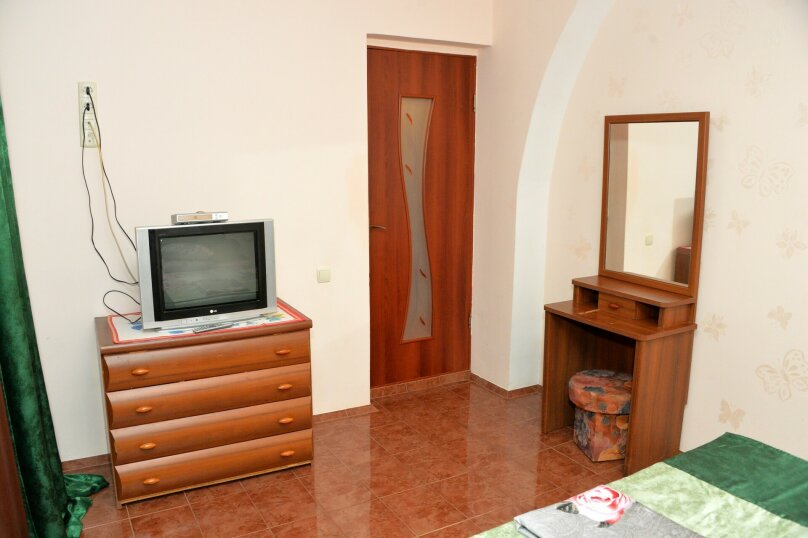 Домик №2 на 6 человек, 2 спальни, Покрышкина, 34, Кача - Фотография 2