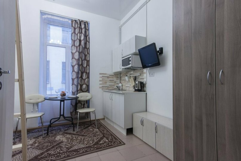 Отдельная комната, 13-я линия Васильевского острова, 10Г, Санкт-Петербург - Фотография 1
