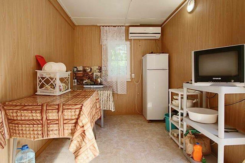 Двухкомнатный номер, Курортная, 91-А, Голубицкая - Фотография 6