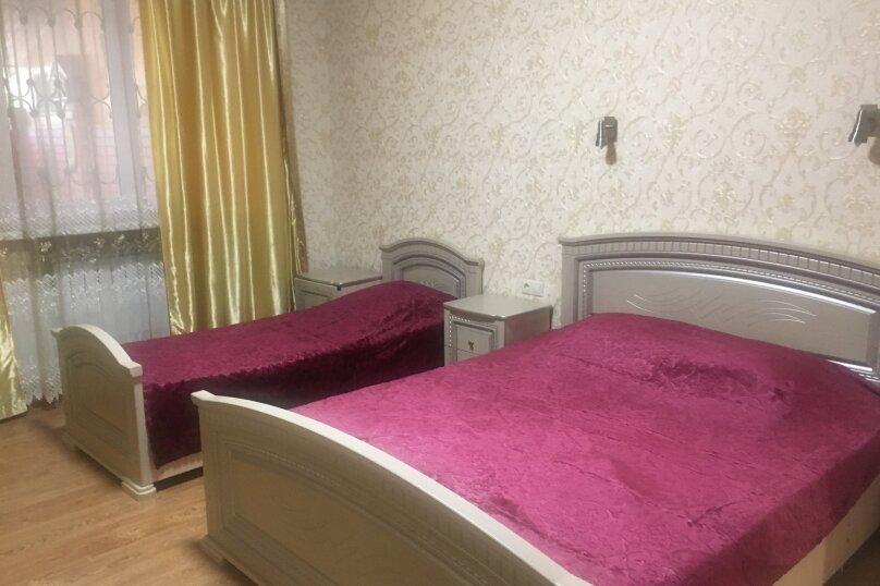 """Гостевой дом """"Кариота"""", улица Мира, 21А на 6 комнат - Фотография 50"""