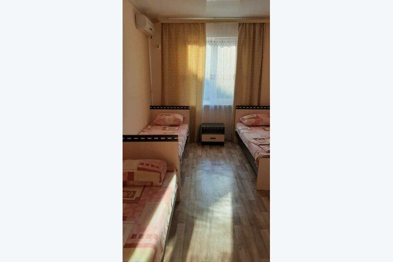 "Гостевой дом ""у Алима"", улица Ковропрядов, 8 на 5 комнат - Фотография 26"