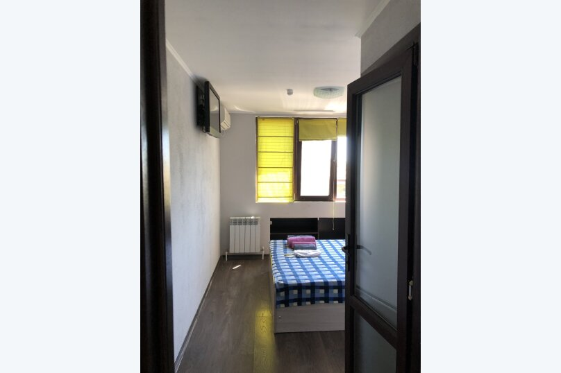"Гостевой дом ""Лука"", улица Свердлова, 27Б на 9 комнат - Фотография 46"