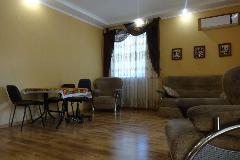 Дом, 80 кв.м. на 8 человек, 2 спальни, Октябрьская улица, 21, Алушта - Фотография 16