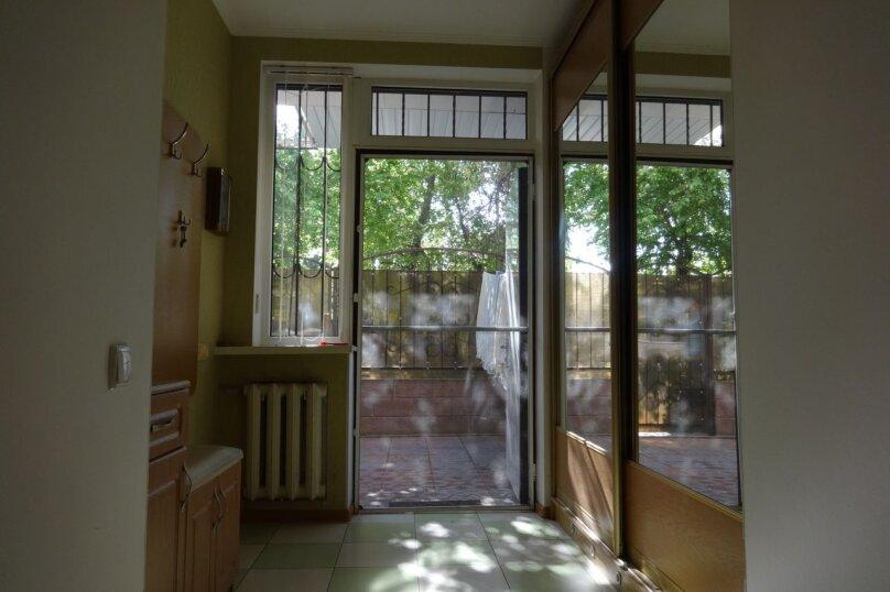 Дом, 80 кв.м. на 8 человек, 2 спальни, Октябрьская улица, 21, Алушта - Фотография 17