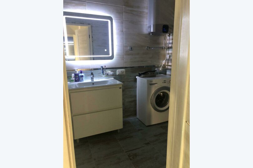 2-комн. квартира, 54 кв.м. на 4 человека, улица Дражинского, 48В, Ялта - Фотография 15