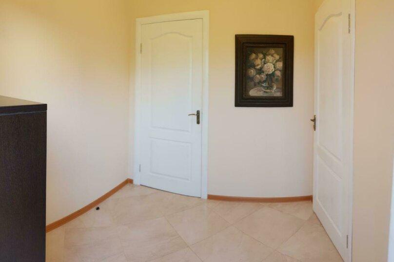 """Гостевой дом """"Avenue"""", Отрадная улица, 1 на 4 комнаты - Фотография 28"""