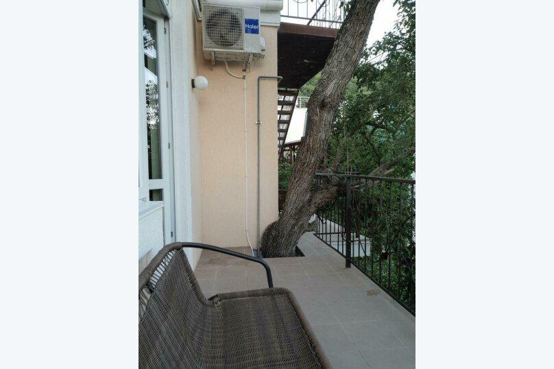 """Гостевой дом """"Avenue"""", Отрадная улица, 1 на 4 комнаты - Фотография 35"""