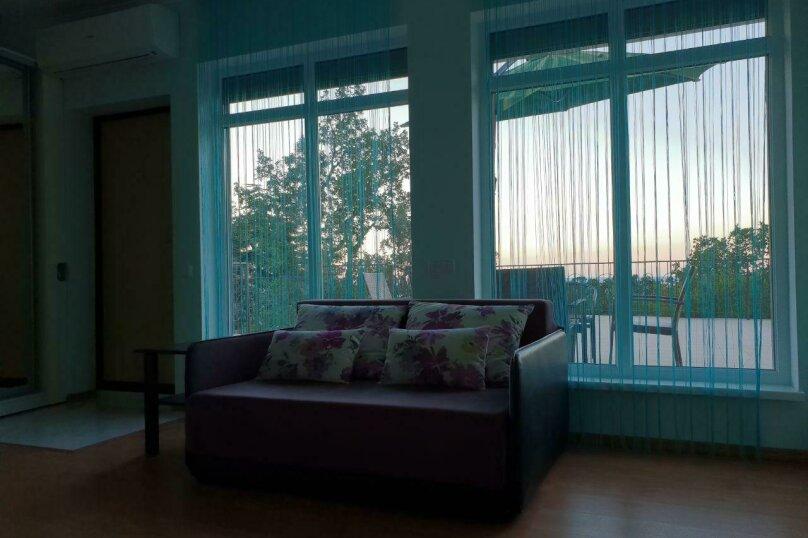 """Гостевой дом """"Avenue"""", Отрадная улица, 1 на 4 комнаты - Фотография 23"""