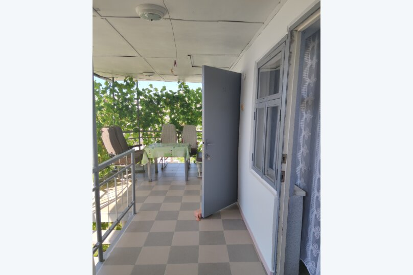 """Гостиница """"На Танкистов 19"""", улица Танкистов, 19 на 12 комнат - Фотография 4"""