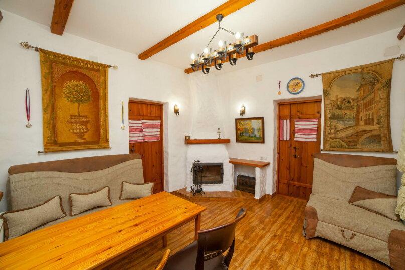 Отдельная комната, Большая улица, 12, Керчь - Фотография 1