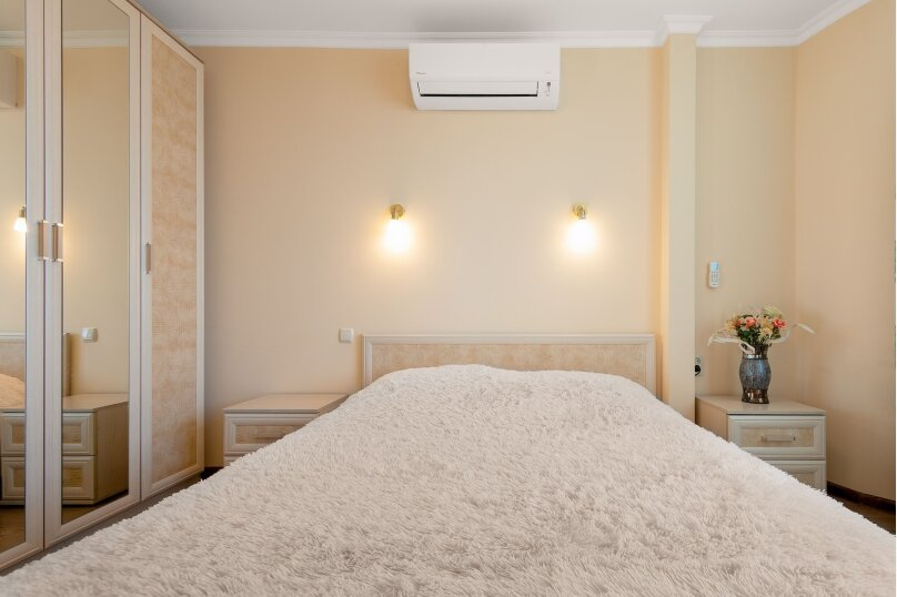 """Коттедж """" Августа"""", 60 кв.м. на 4 человека, 2 спальни, Лазурная, 16, Ялта - Фотография 17"""