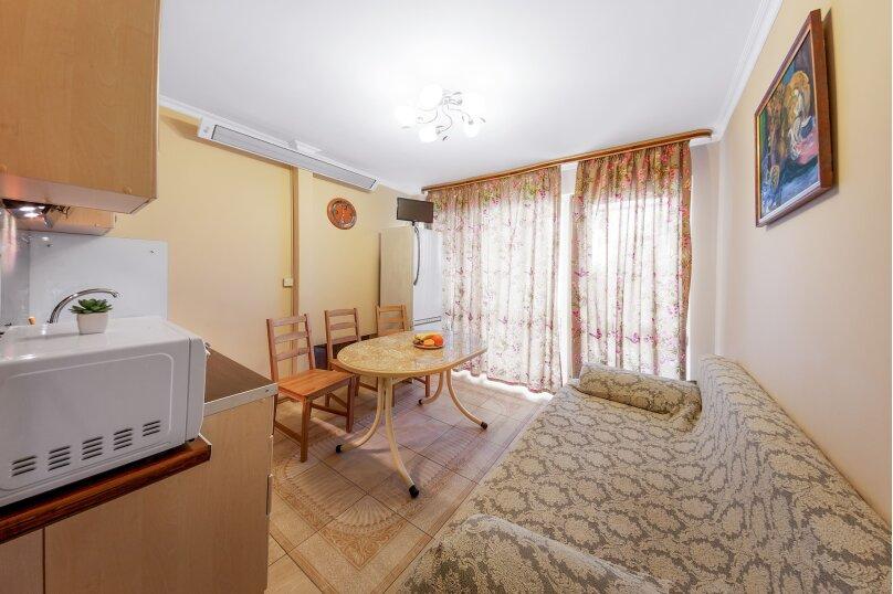 """Коттедж """" Августа"""", 60 кв.м. на 4 человека, 2 спальни, Лазурная, 16, Ялта - Фотография 25"""