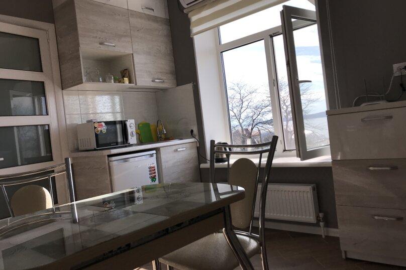Люкс двухкомнатный , улица Калинина, 10, Керчь - Фотография 10