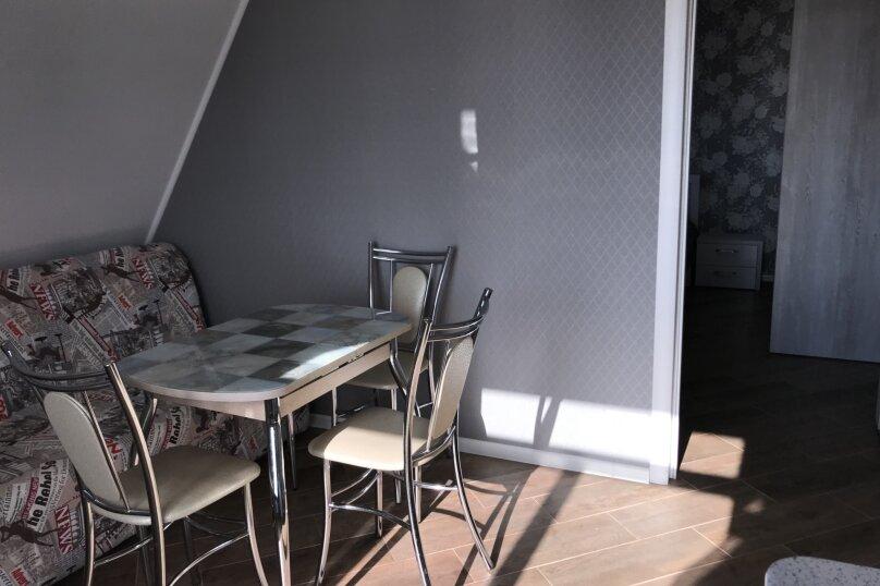 Люкс двухкомнатный , улица Калинина, 10, Керчь - Фотография 11