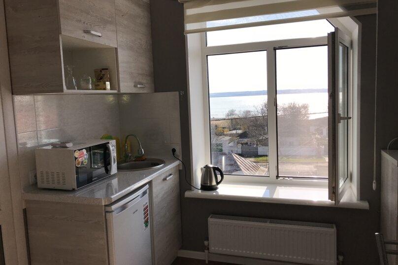 Люкс двухкомнатный , улица Калинина, 10, Керчь - Фотография 13