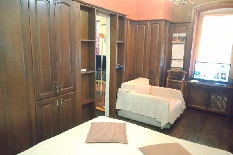 2-комн. квартира, 35 кв.м. на 4 человека, набережная имени В.И. Ленина, 13, Ялта - Фотография 2