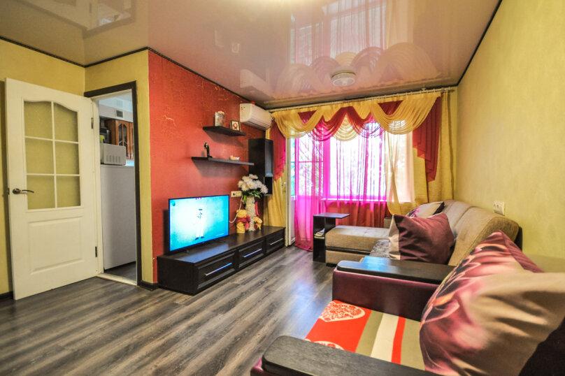 1-комн. квартира, 30 кв.м. на 5 человек, проспект Ленина, 11, Новороссийск - Фотография 3