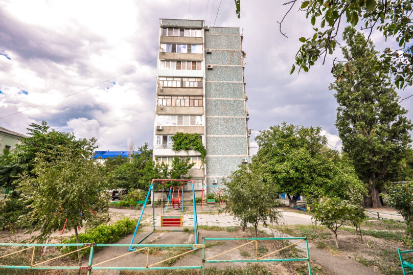 2-комн. квартира, 55 кв.м. на 5 человек, улица Толстого, 17, Новороссийск - Фотография 2