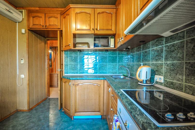 2-комн. квартира, 55 кв.м. на 5 человек, улица Толстого, 17, Новороссийск - Фотография 18